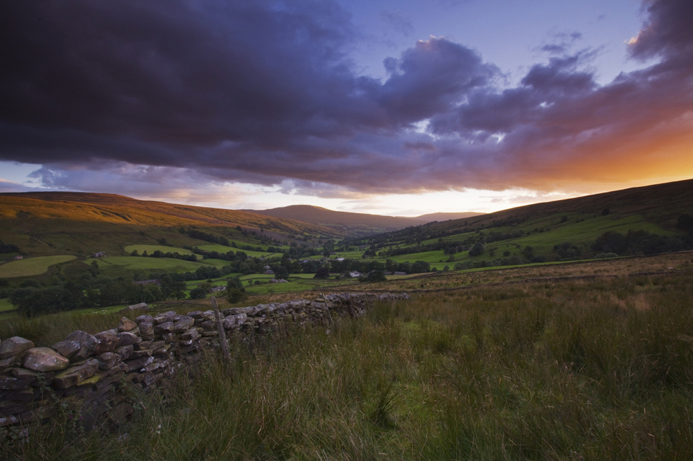 Sonnenuntergang in den Tälern des Yorkshire Dales National Park. ©VisitBritain / Lee Beel